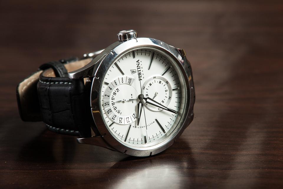 時計の電池交換から見るブログ構築のヒント